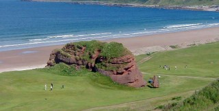 Crags and Flags – Cullen Golf Club
