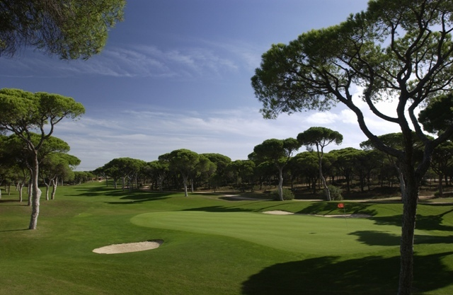 The 5th hole at Villamoura's Millennium course