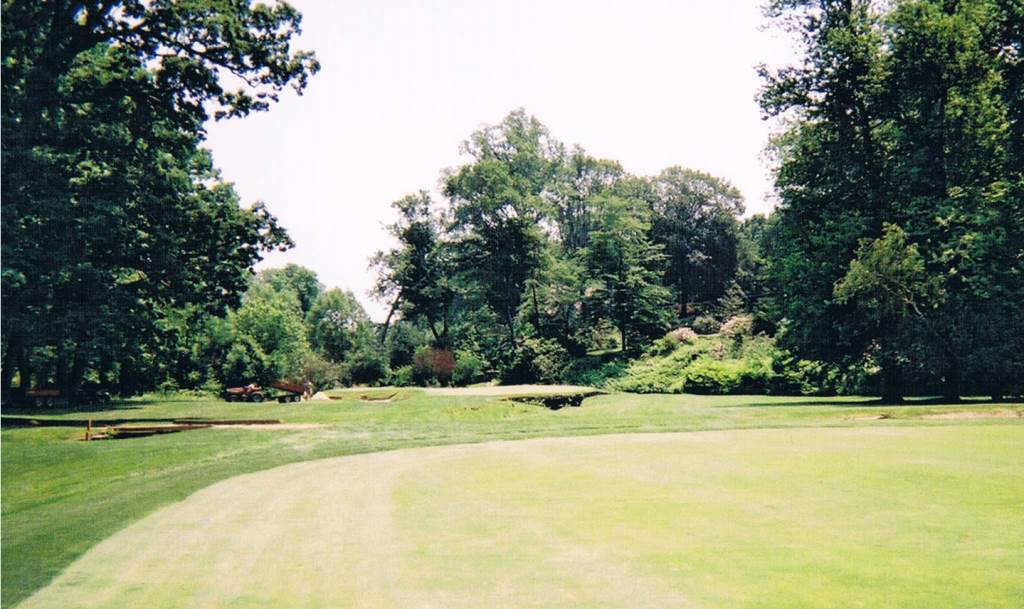picture of 11th green at Merion Golf Club