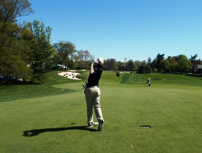 Thomas Marr recreates Ben Hogan's famous 1-iron shot at Merion