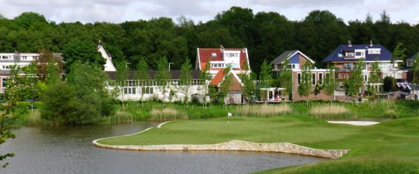 Clogs and Clubs – golf holidays in Holland