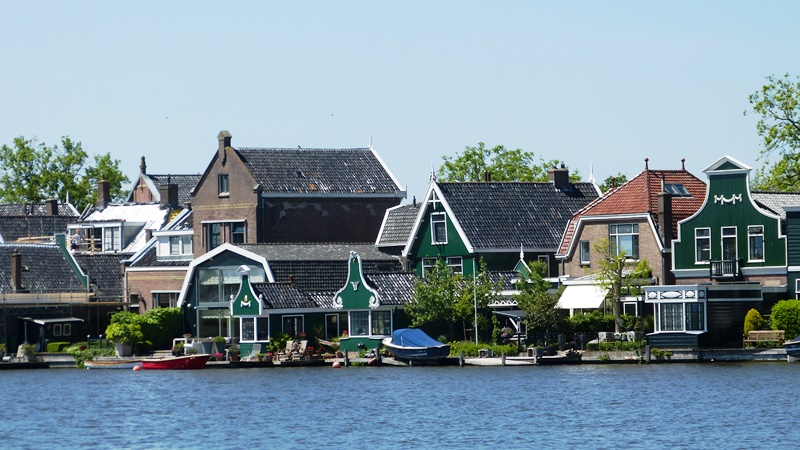 Zaanse Schanze Village - David J Whyte -® Linksland (1) web