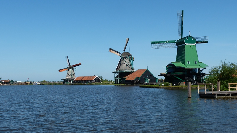 Zaanse Schanze Village - David J Whyte -® Linksland web