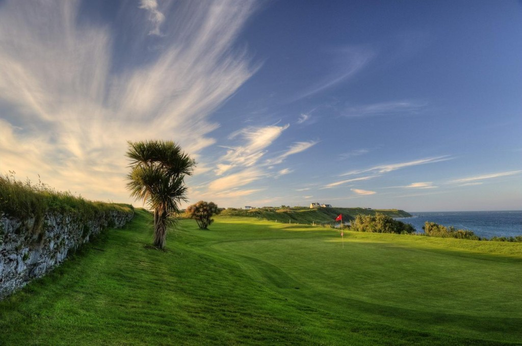 18th hole Helen's Bay golf resort Ireland