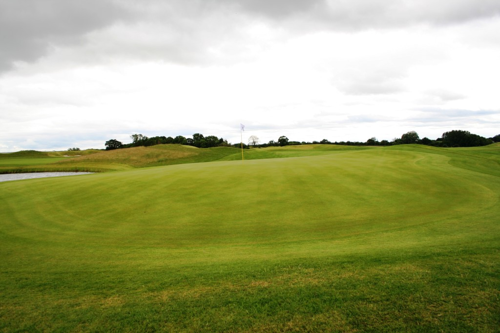 Ramside Cathedral Course 16tth green