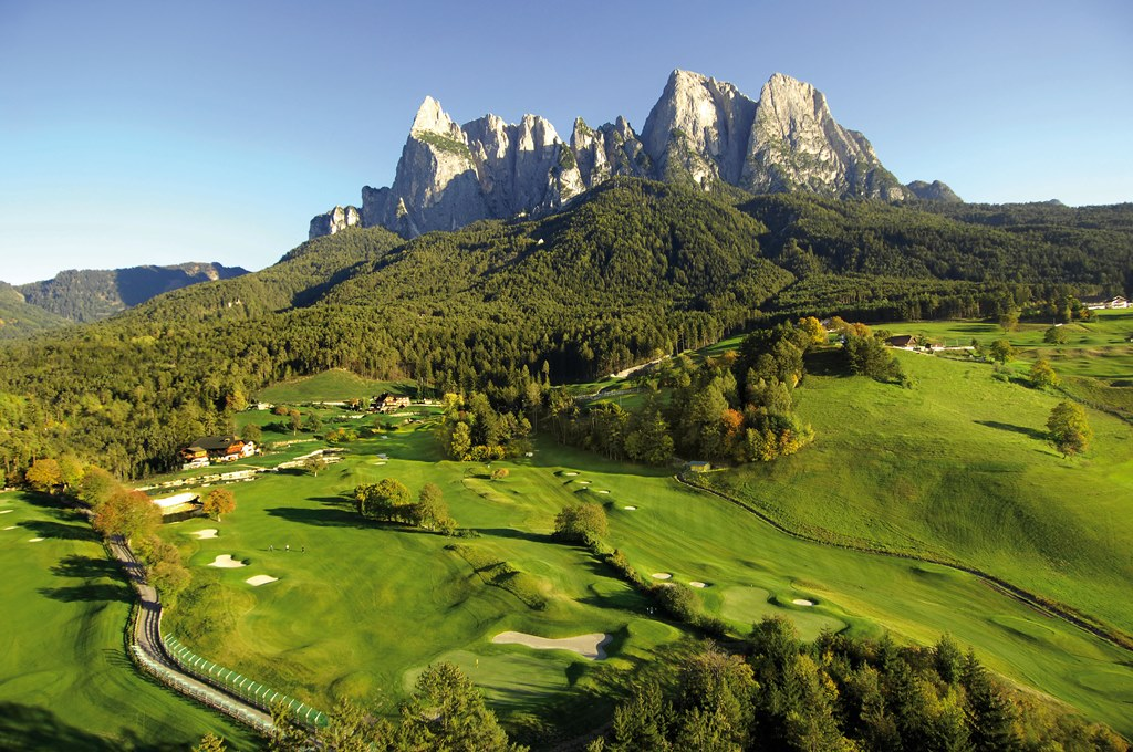 Mountain Golf Breaks in Italy