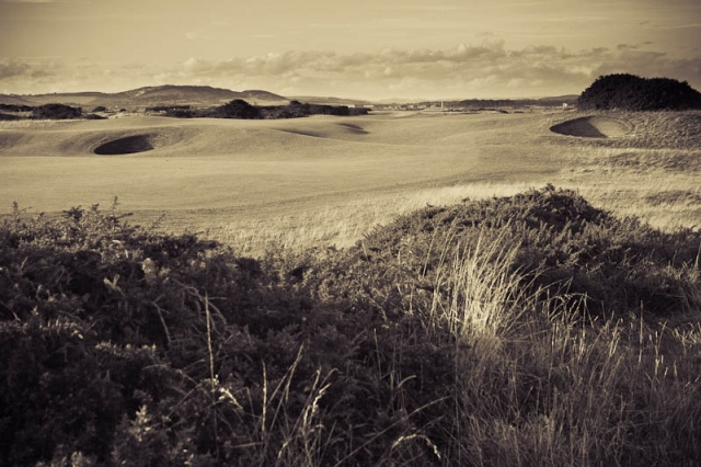 view of the par five 5th hole at Old Course St Andrews